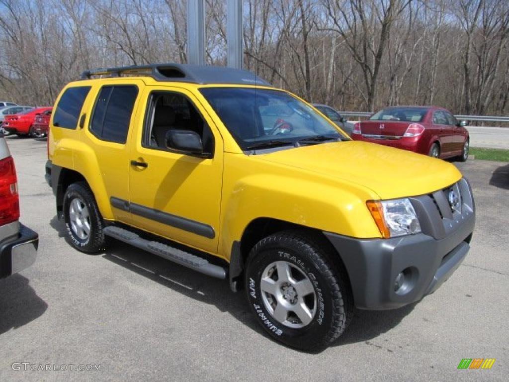 Solar Yellow 2005 Nissan Xterra S 4x4 Exterior Photo