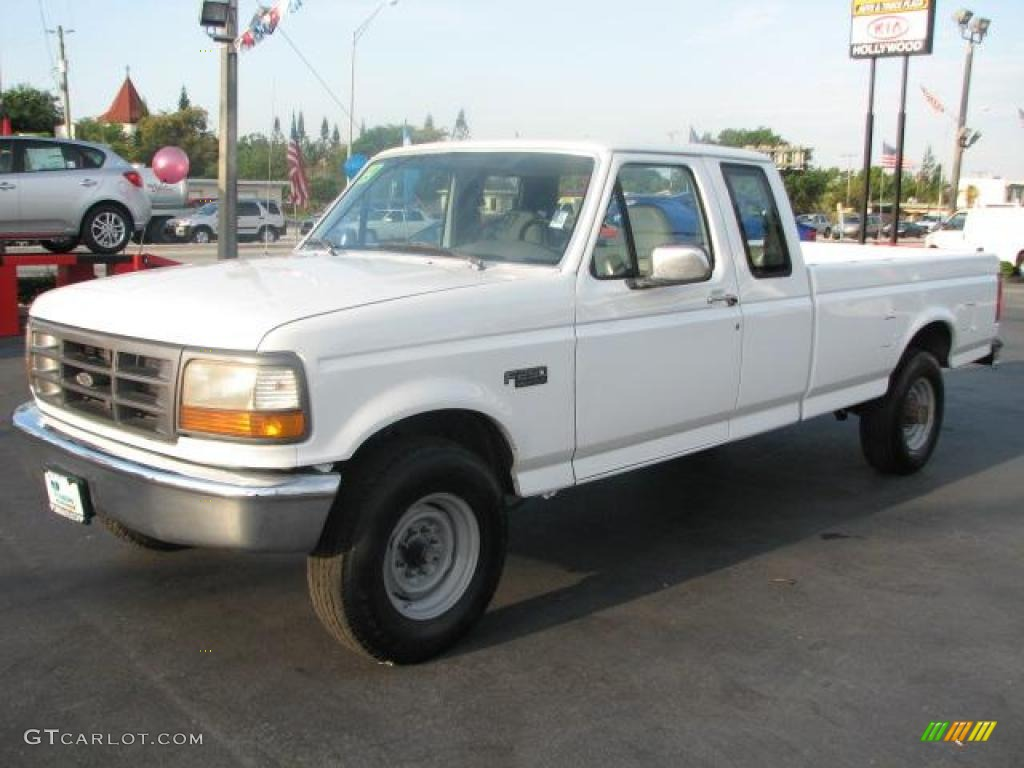 Oxford White 1997 Ford F250 Xl Extended Cab Exterior Photo