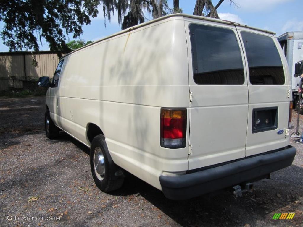 White 1994 Ford Econoline E250 Commercial Van Exterior