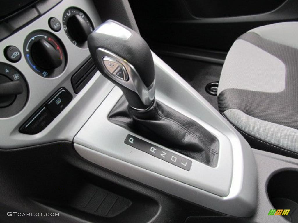 2012 ford focus se sport sedan 6 speed powershift automatic transmission photo 47409919. Black Bedroom Furniture Sets. Home Design Ideas