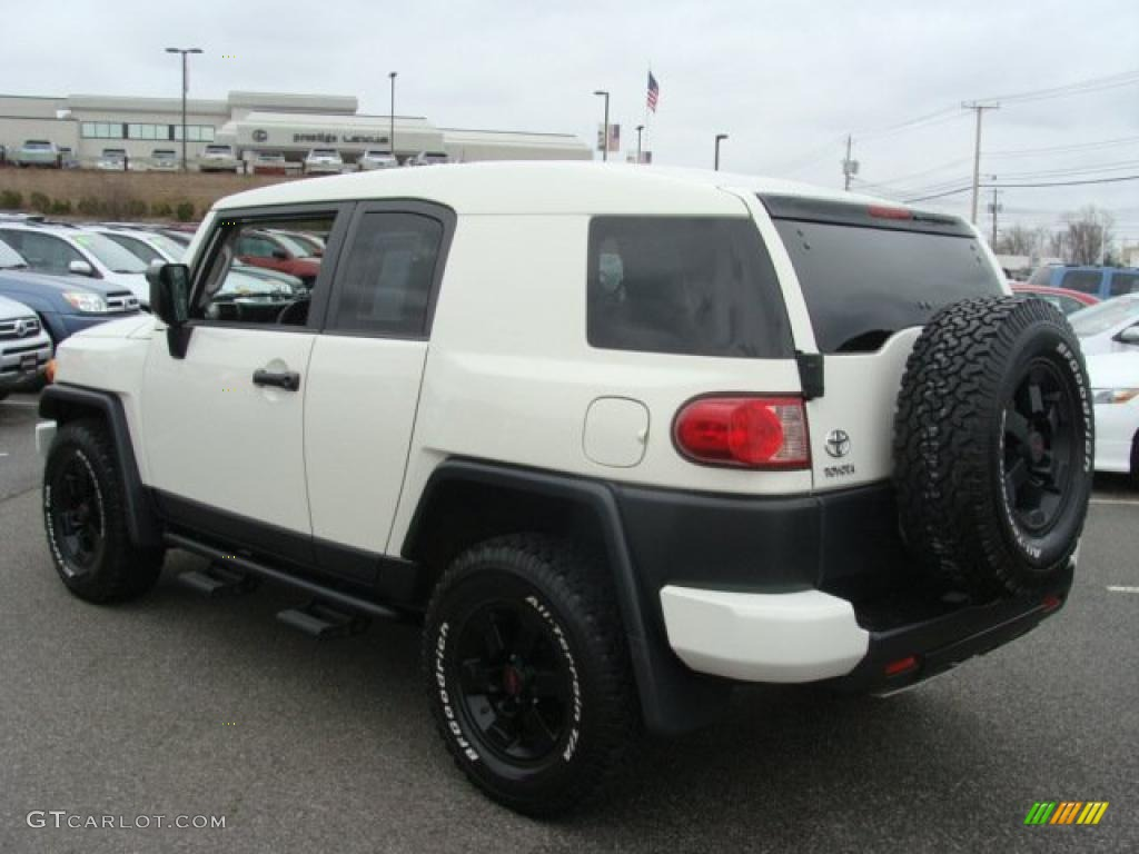 iceberg white 2008 toyota fj cruiser trail teams special. Black Bedroom Furniture Sets. Home Design Ideas