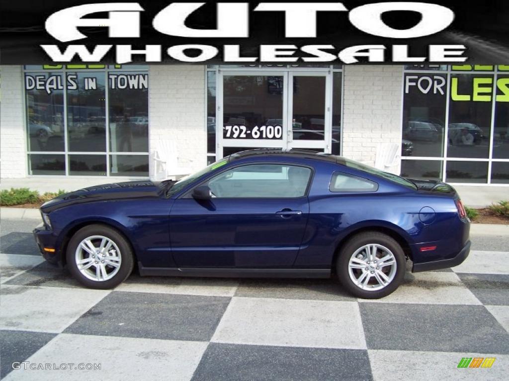 2010 kona blue metallic ford mustang v6 coupe 47445452. Black Bedroom Furniture Sets. Home Design Ideas
