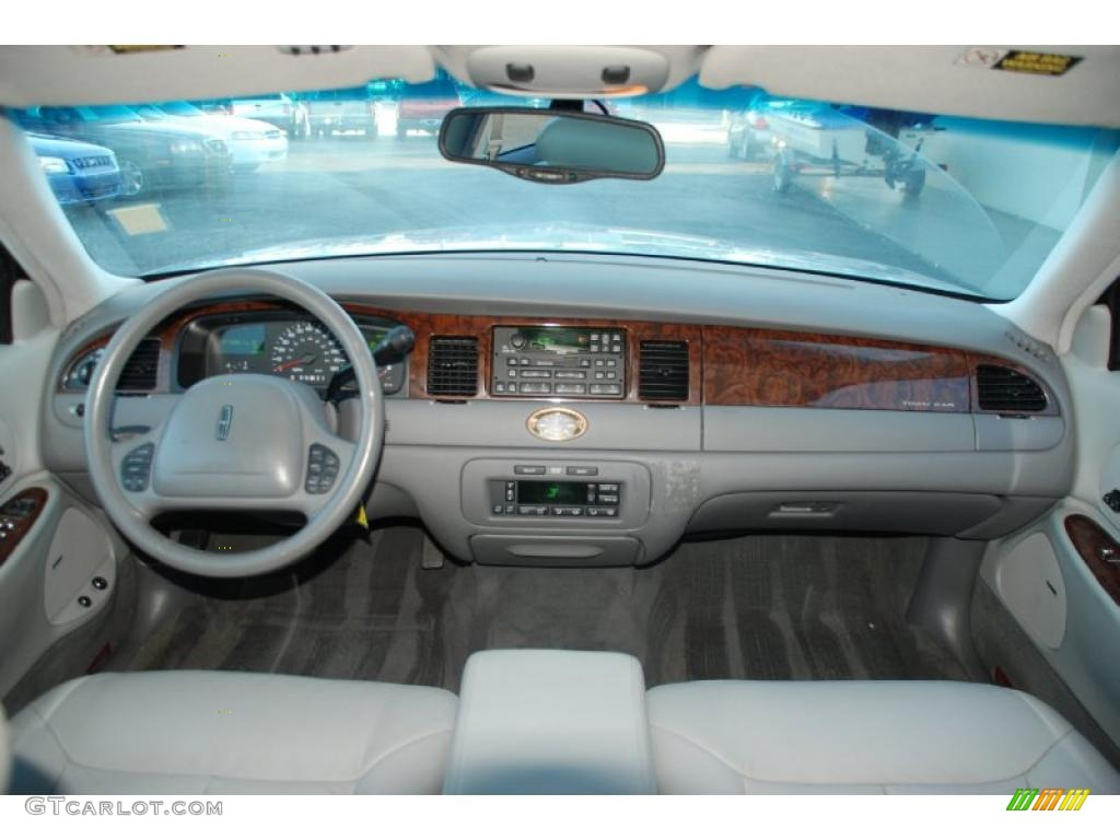 1998 lincoln town car cartier light graphite dashboard photo 47455507. Black Bedroom Furniture Sets. Home Design Ideas