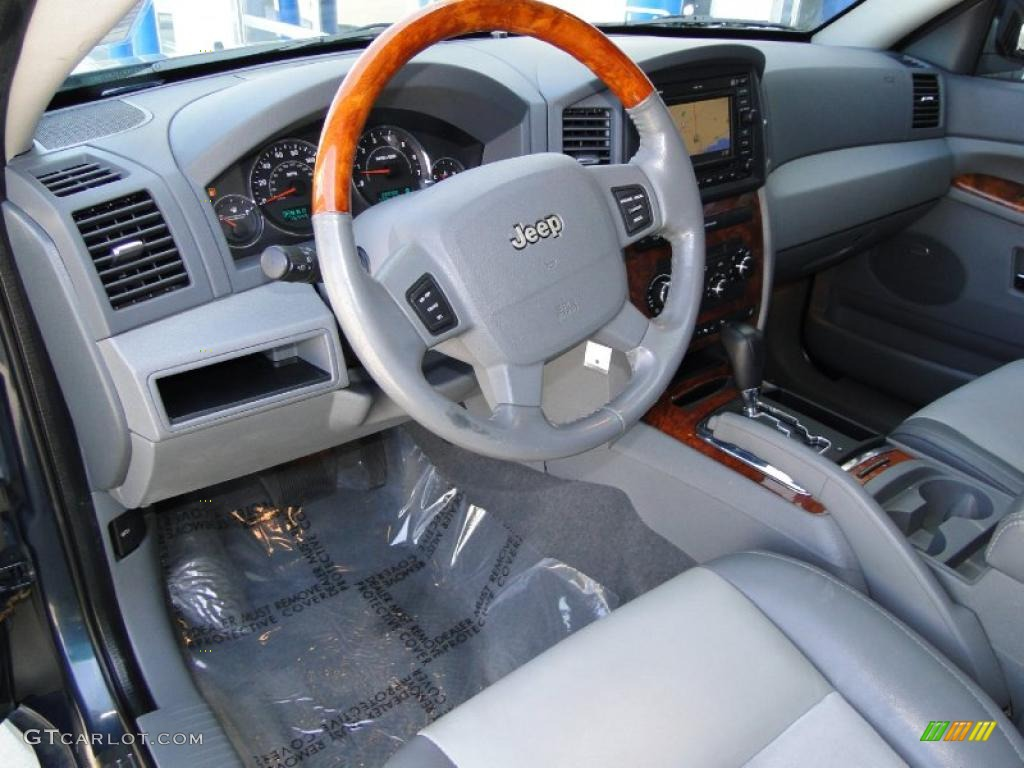 2007 Jeep Grand Cherokee Overland CRD 4x4 Interior Color Photos Images