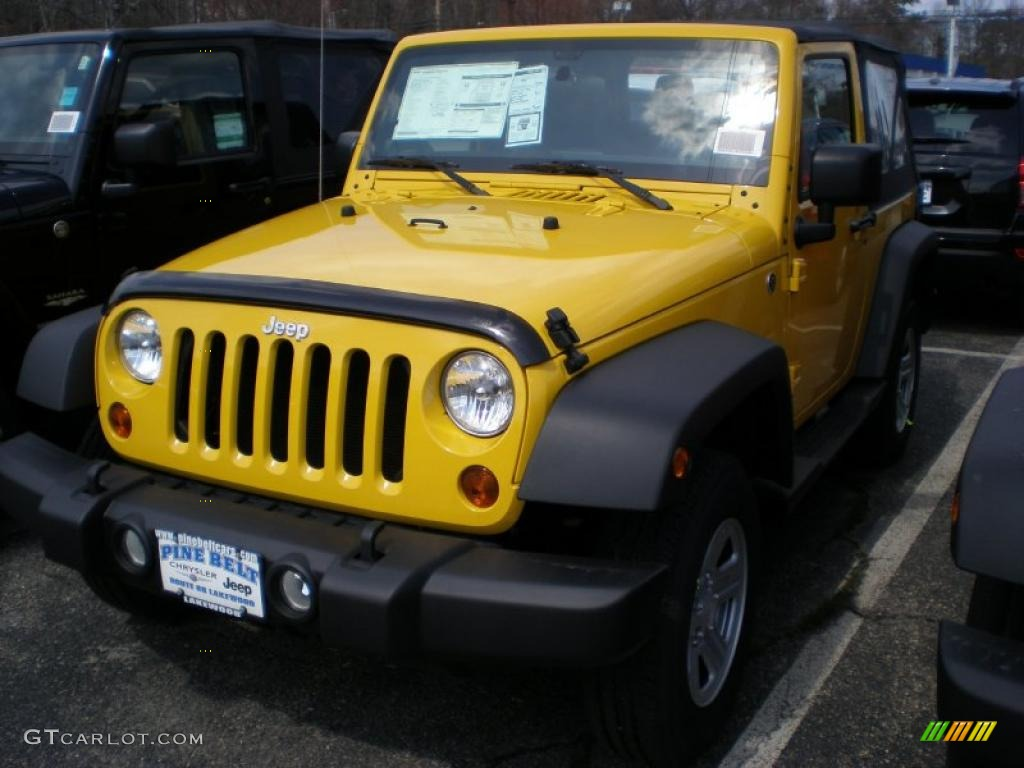 2011 Wrangler Sport 4x4 - Detonator Yellow / Black photo #1
