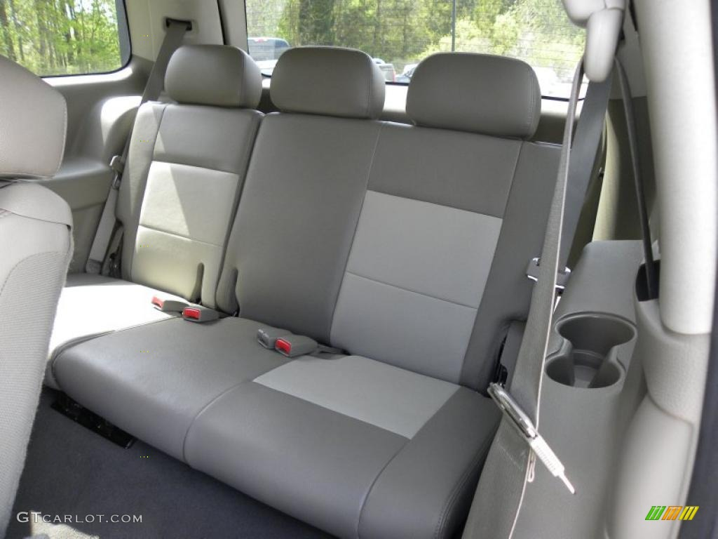 2008 Dodge Durango SXT interior Photo #54442866 | GTCarLot.com