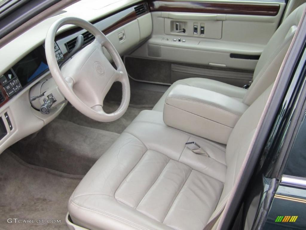 Neutral Shale Interior 1996 Cadillac Deville Sedan Photo 47557262