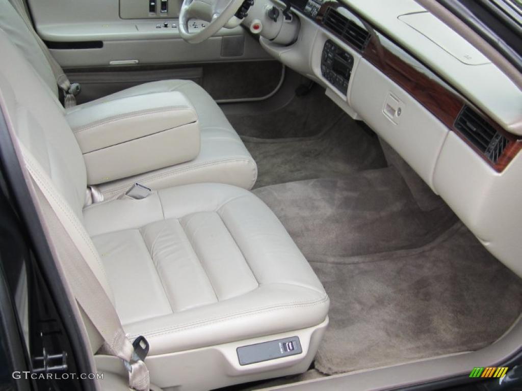 1996 Cadillac Deville Sedan Interior Photo 47557364