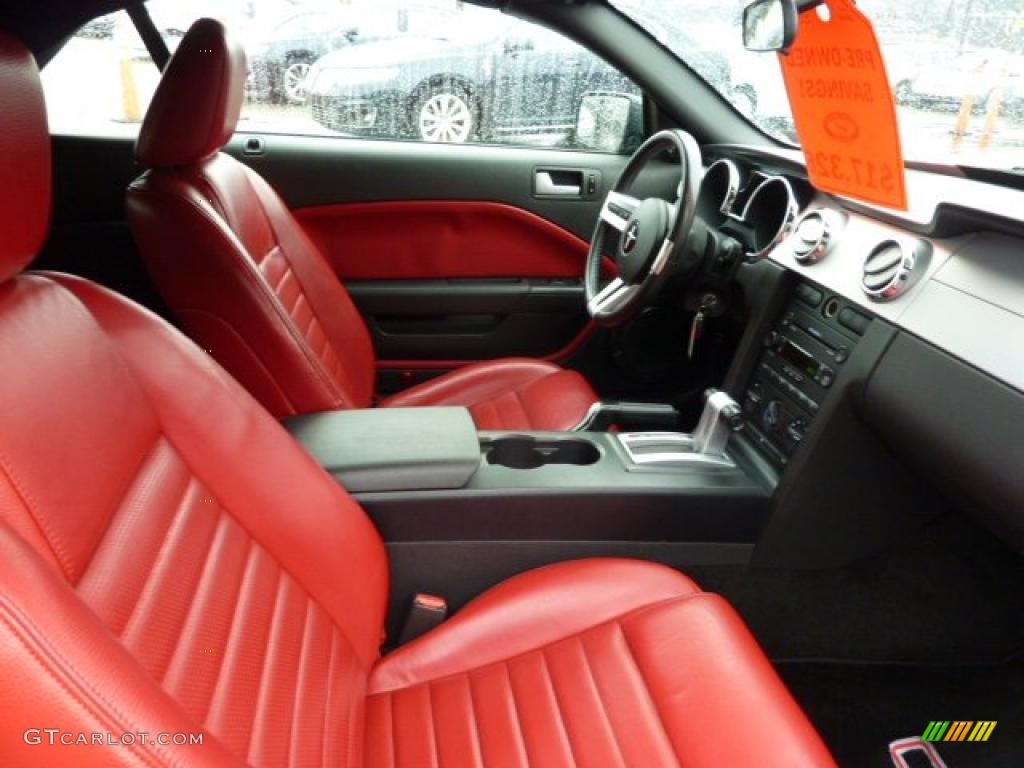 Red Leather Interior 2005 Ford Mustang Gt Premium Convertible Photo 47611223