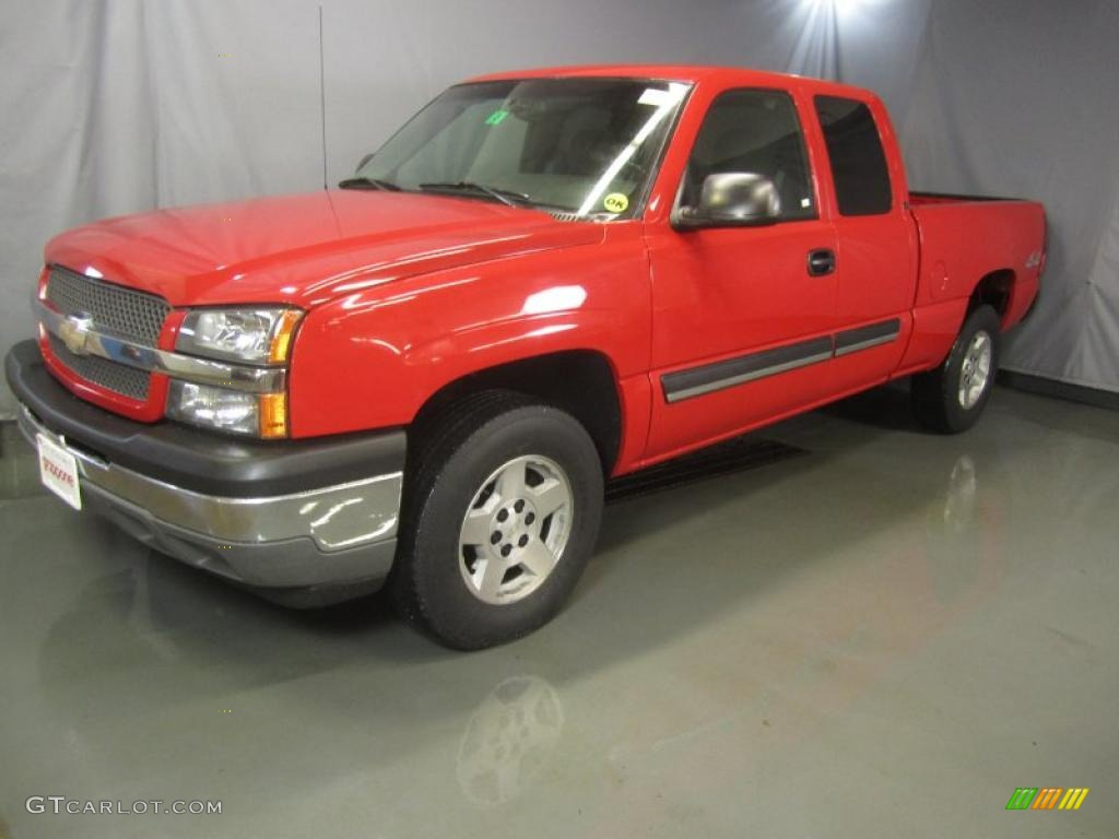 2005 Silverado 1500 LS Extended Cab 4x4 - Victory Red / Medium Gray photo #1