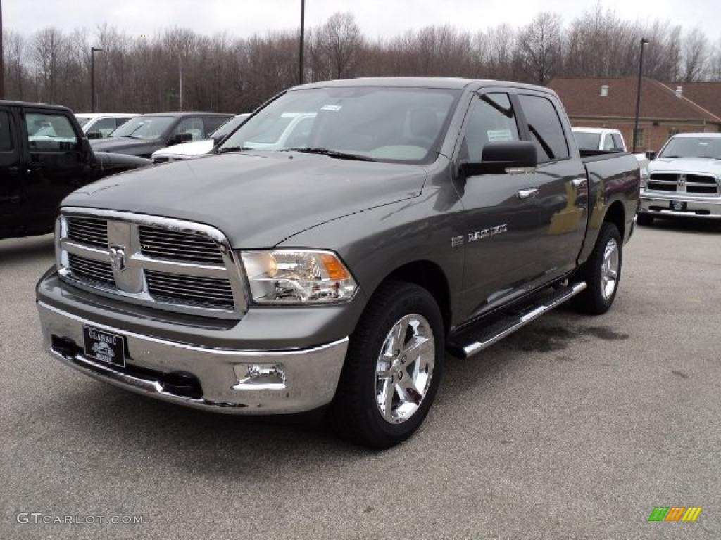 2011 mineral gray metallic dodge ram 1500 big horn crew cab 4x4 47584684 car. Black Bedroom Furniture Sets. Home Design Ideas