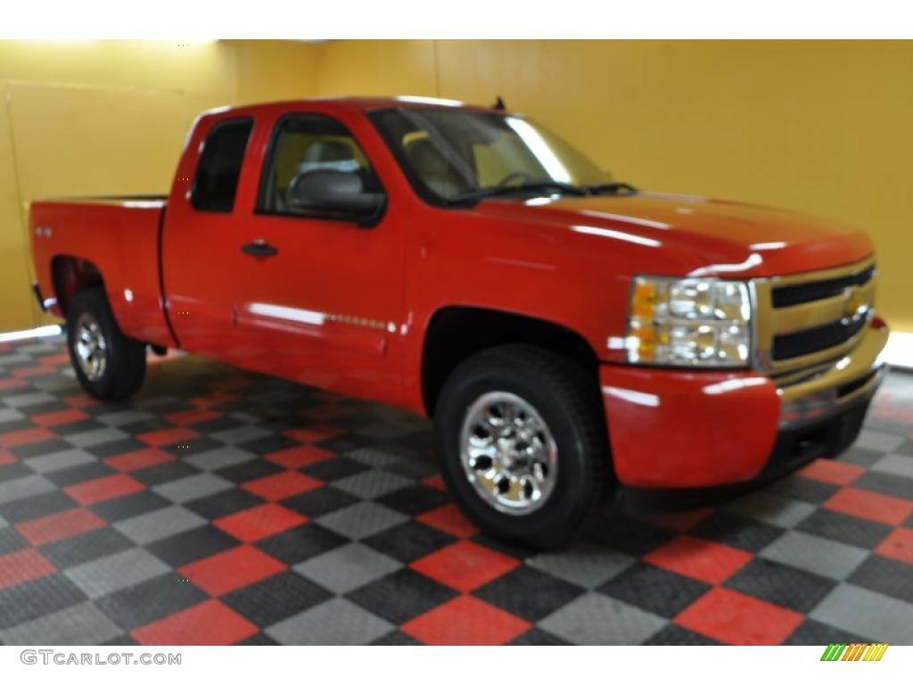 2009 Silverado 1500 LT Extended Cab 4x4 - Victory Red / Light Cashmere photo #1