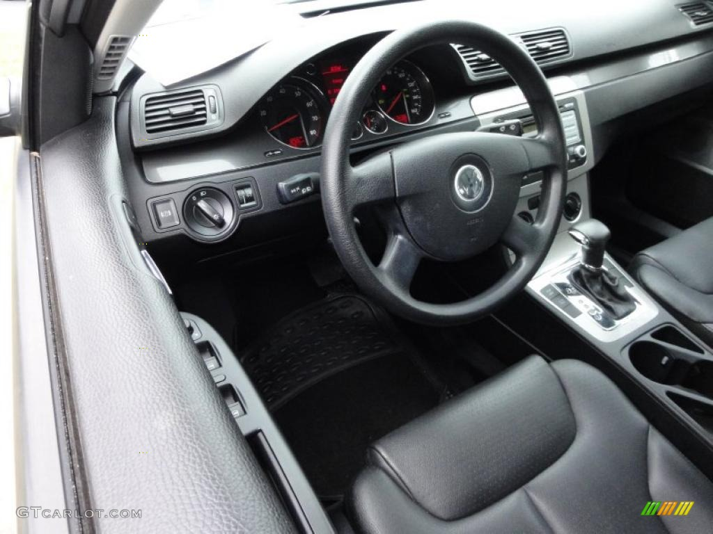 Black interior 2007 volkswagen passat 2 0t sedan photo 47721602 for Volkswagen passat 2000 interior