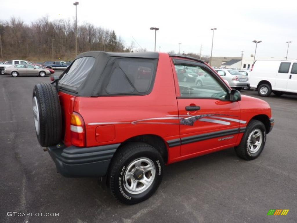 wildfire red 1999 chevrolet tracker soft top 4x4 exterior. Black Bedroom Furniture Sets. Home Design Ideas
