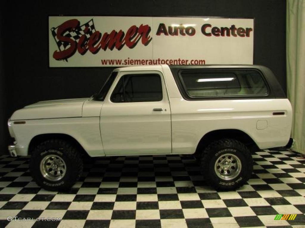1978 White Ford Bronco 4x4 #47767239 | GTCarLot.com - Car Color ...