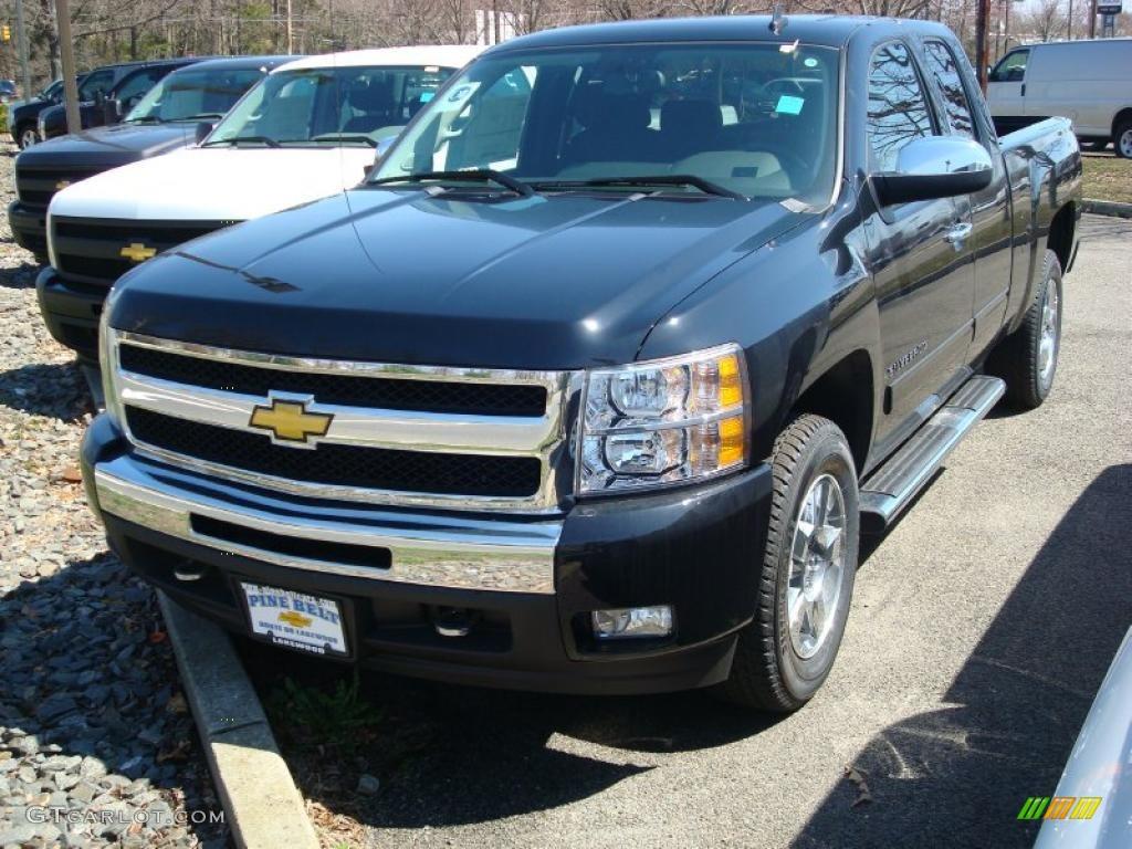 2011 Silverado 1500 LT Extended Cab - Black / Ebony photo #1