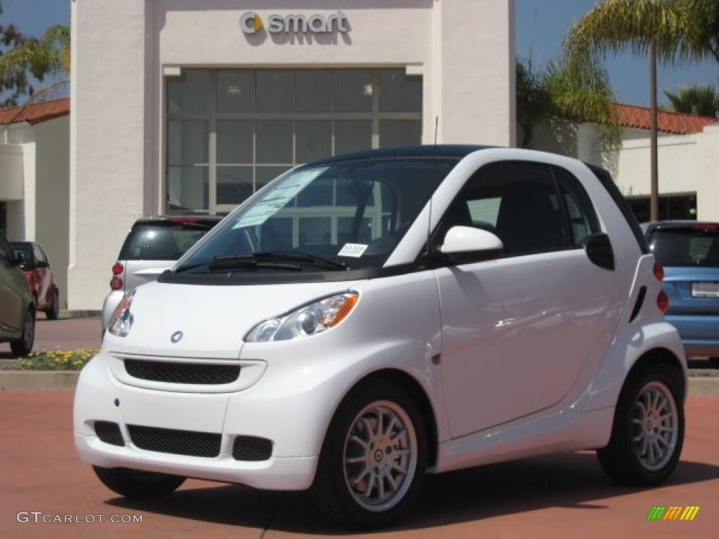 2011 crystal white smart fortwo passion coupe 47905739 photo 4 car color. Black Bedroom Furniture Sets. Home Design Ideas