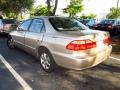 Naples Gold Metallic - Accord SE Sedan Photo No. 3