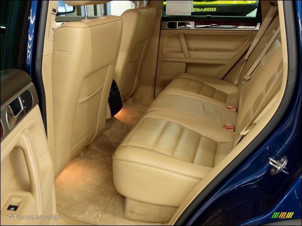 Pure Beige Interior 2004 Volkswagen Touareg V8 Photo 47962812