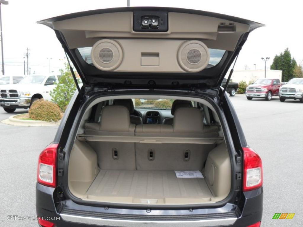 2011 jeep compass 2 4 limited 4x4 trunk photo 47979356. Black Bedroom Furniture Sets. Home Design Ideas