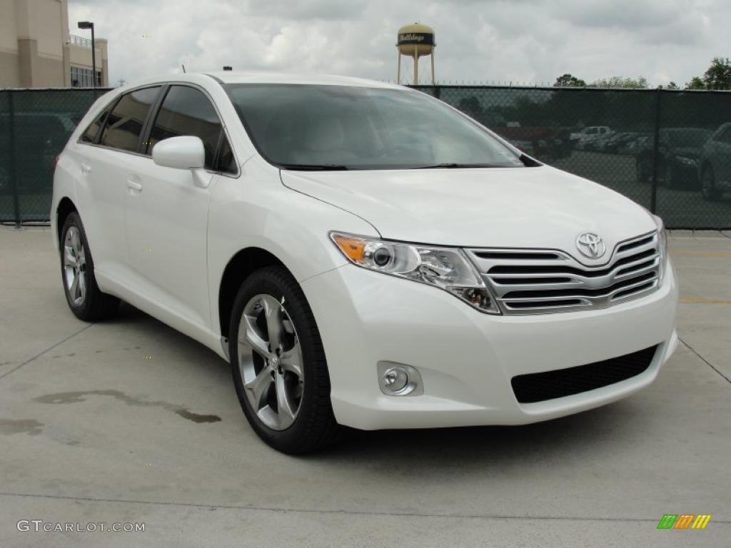 Toyota Venza White