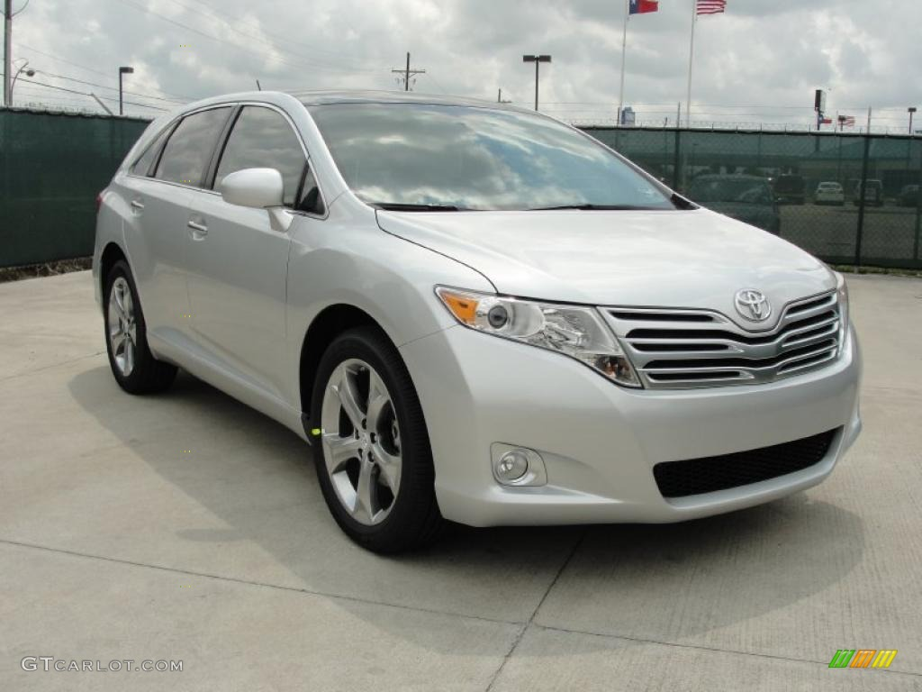 classic silver metallic 2011 toyota venza v6 exterior. Black Bedroom Furniture Sets. Home Design Ideas