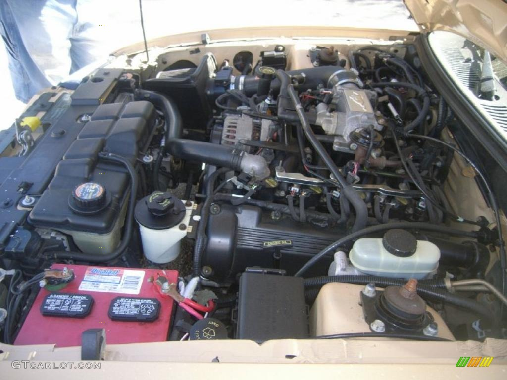 2000 ford mustang gt coupe 4 6 liter sohc 16 valve v8 for 2000 ford mustang window regulator