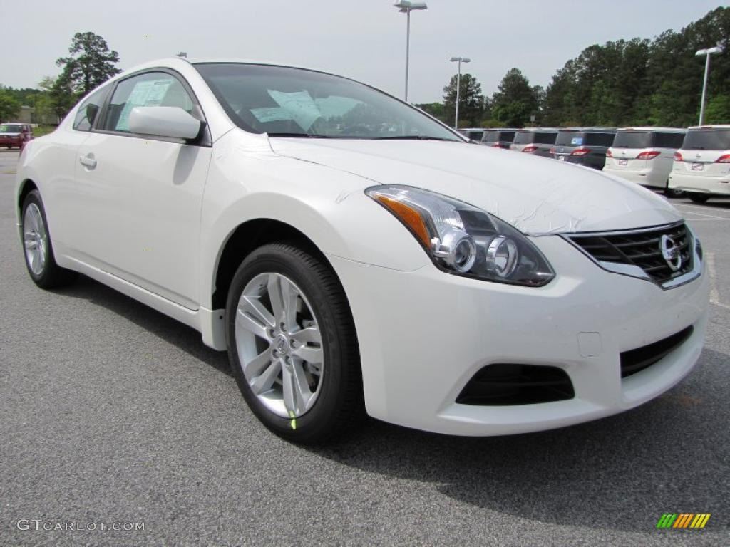 winter frost white 2011 nissan altima 2 5 s coupe exterior. Black Bedroom Furniture Sets. Home Design Ideas
