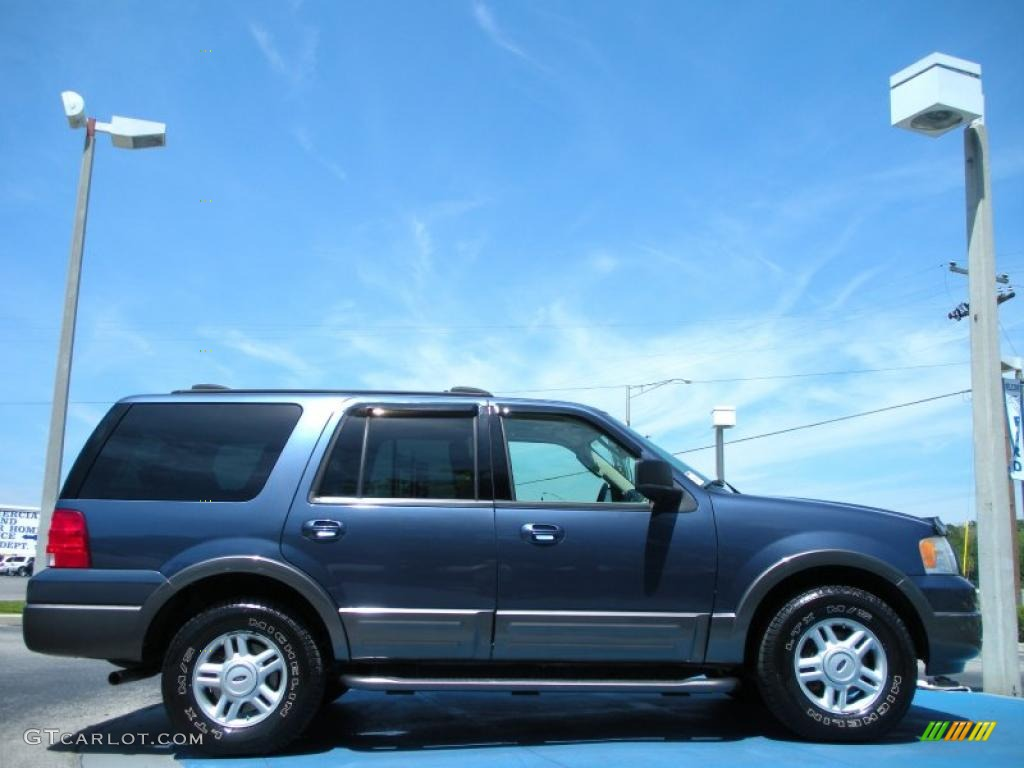 medium wedgewood blue metallic 2004 ford expedition xlt. Black Bedroom Furniture Sets. Home Design Ideas