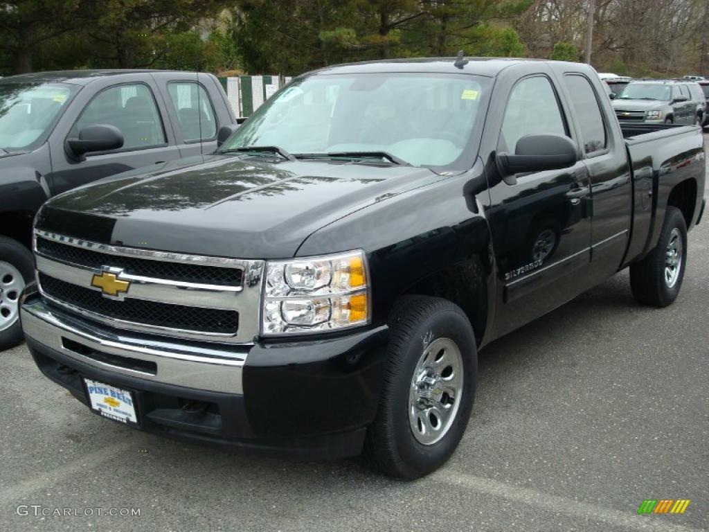 2011 Silverado 1500 LS Extended Cab 4x4 - Black / Dark Titanium photo #1