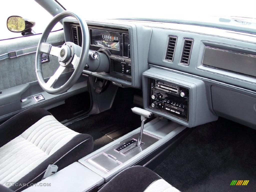 1987 Buick Regal Grand National Black/Gray Dashboard Photo ...