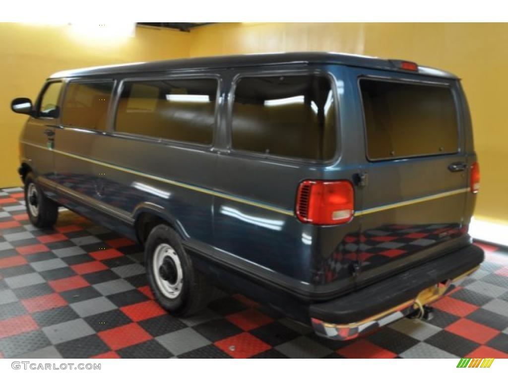 dark spruce metallic 1999 dodge ram van 3500 passenger exterior photo 48174836. Black Bedroom Furniture Sets. Home Design Ideas