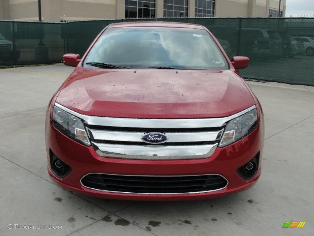 2011 Fusion SE - Red Candy Metallic / Charcoal Black photo #8