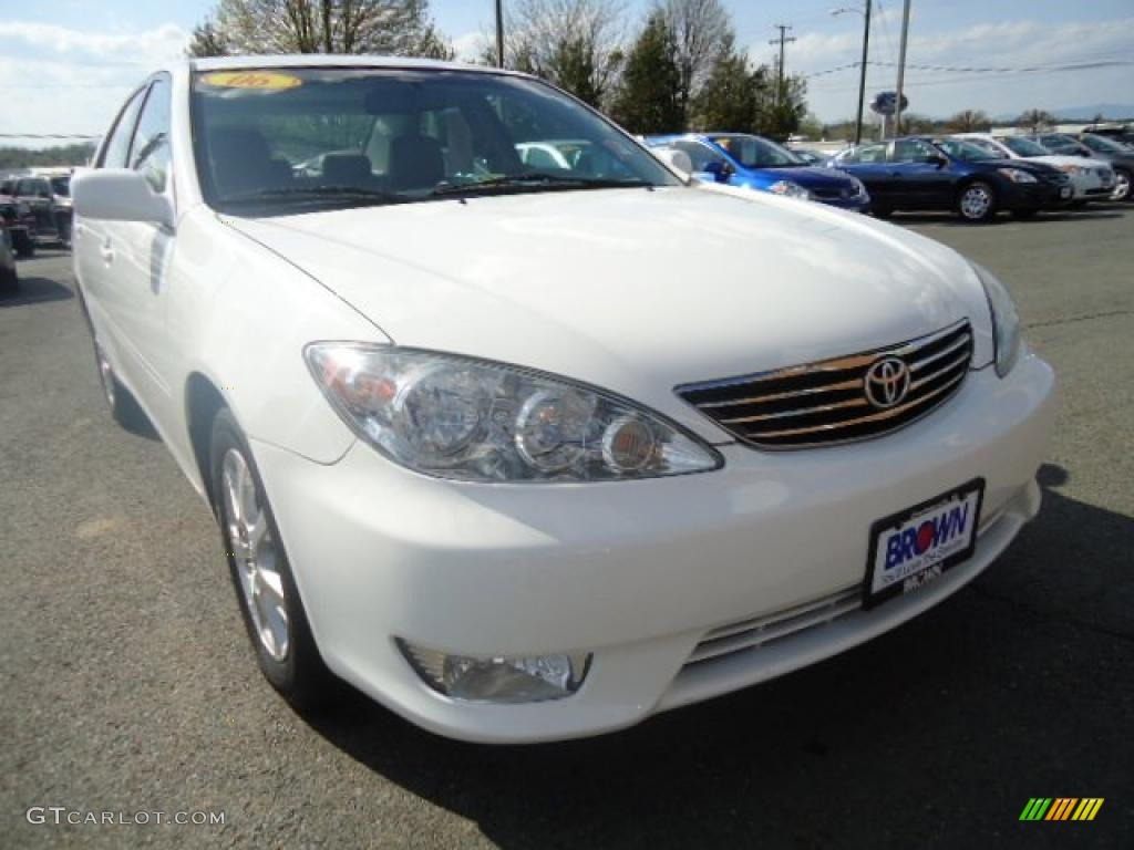2006 super white toyota camry xle v6 48233805 car color galleries. Black Bedroom Furniture Sets. Home Design Ideas