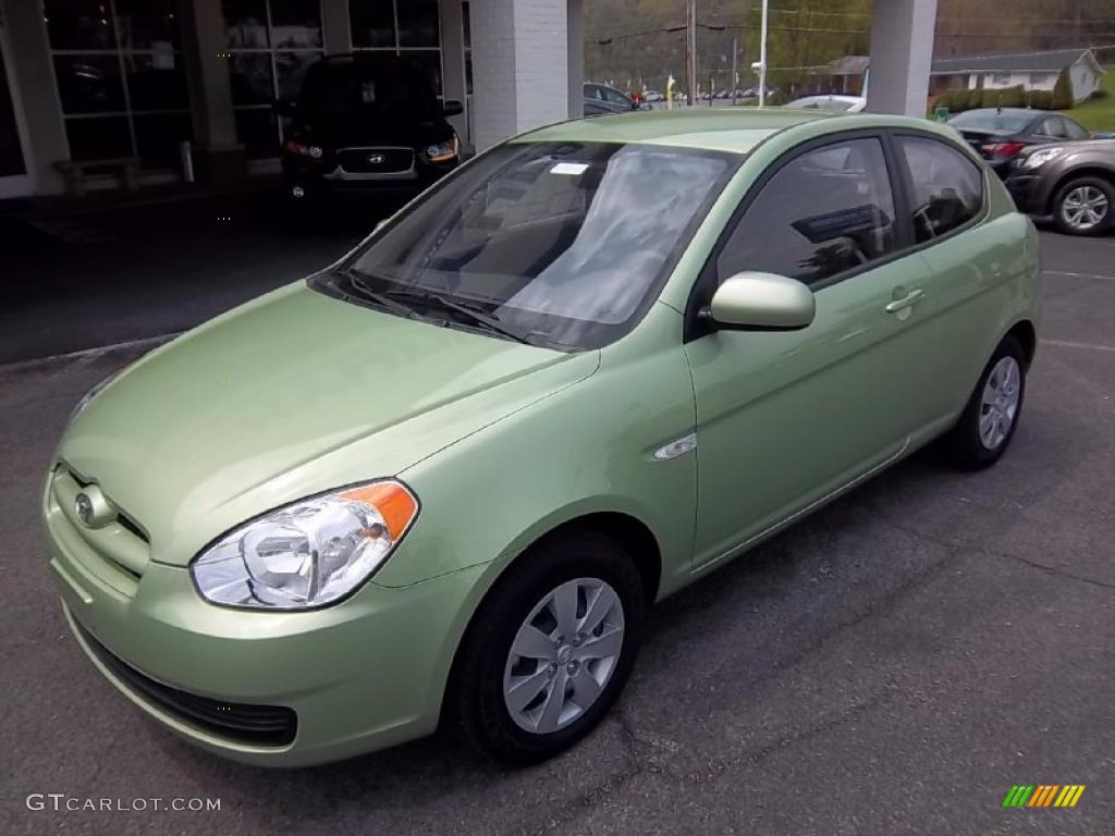 Apple Green Metallic 2011 Hyundai Accent GS 3 Door