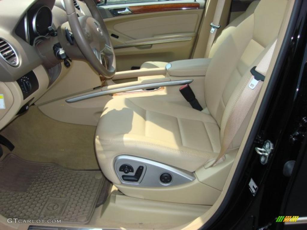 Cashmere interior 2009 mercedes benz ml 350 4matic photo for Mercedes benz ml 350 2009