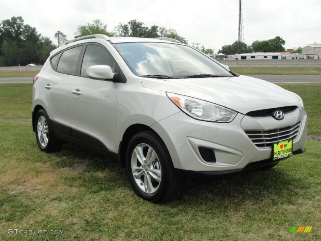 diamond silver 2011 hyundai tucson gls exterior photo. Black Bedroom Furniture Sets. Home Design Ideas