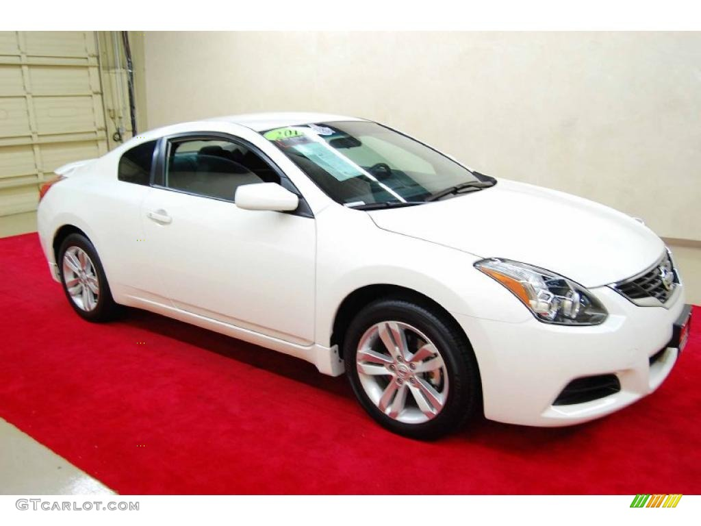 2011 winter frost white nissan altima 2 5 s coupe. Black Bedroom Furniture Sets. Home Design Ideas