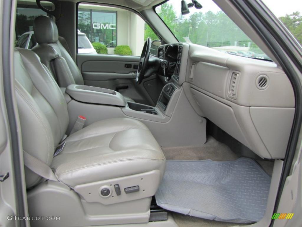 2004 Chevrolet Silverado 2500HD LT Crew Cab 4x4 Interior Photo #48321719
