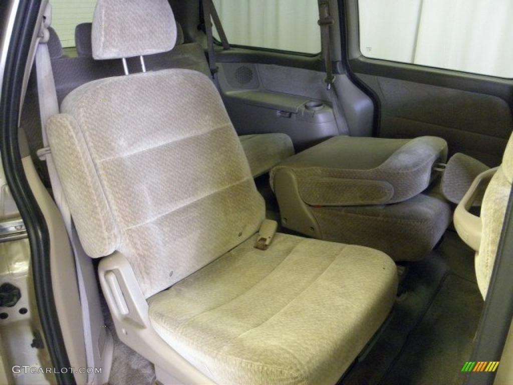 Ivory Interior 2001 Honda Odyssey LX Photo #48325850 | GTCarLot.com