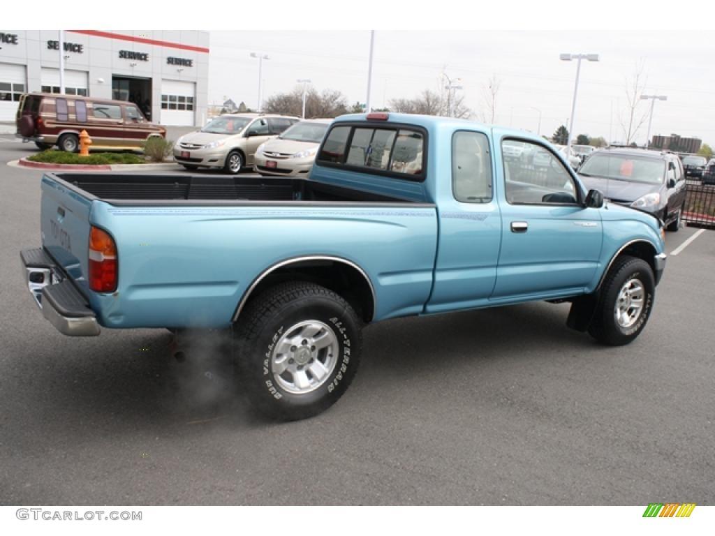 1995 Paradise Blue Metallic Toyota Tacoma V6 Extended Cab 4x4 48328200 Photo 2