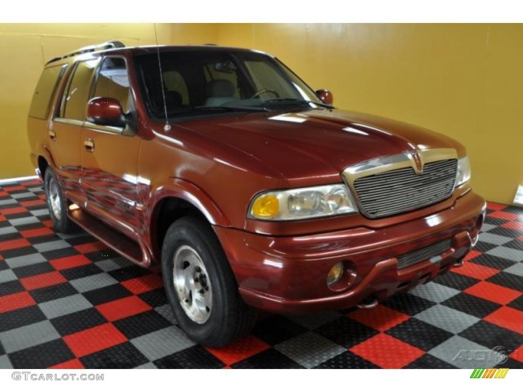 1998 Laser Red Metallic Lincoln Navigator 4x4  48328742