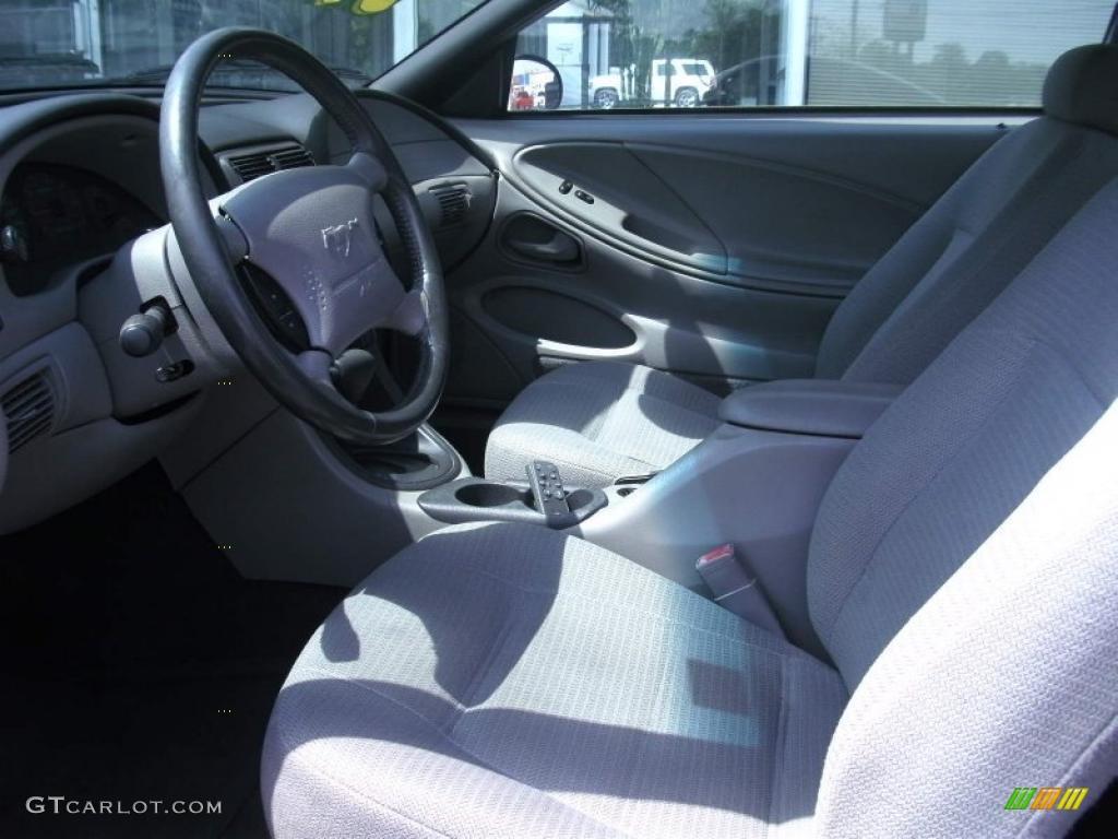 2000 Mustang V6 Coupe - Black / Medium Graphite photo #5