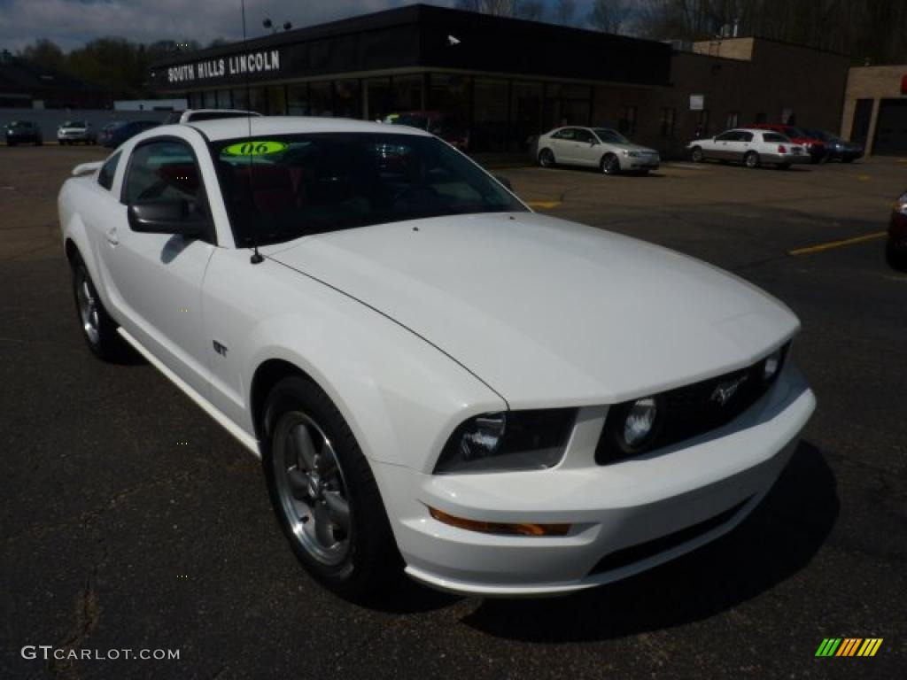 2006 Mustang GT Premium Coupe - Performance White / Red/Dark Charcoal photo #5