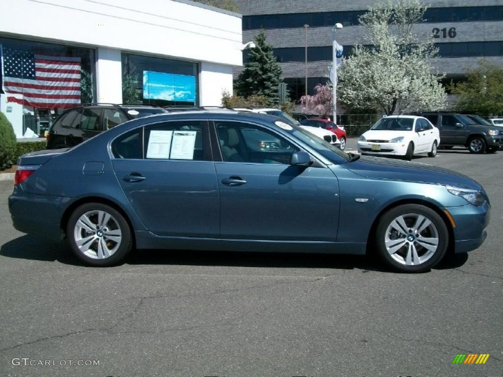 neptune blue metallic 2009 bmw 5 series 528i sedan. Black Bedroom Furniture Sets. Home Design Ideas