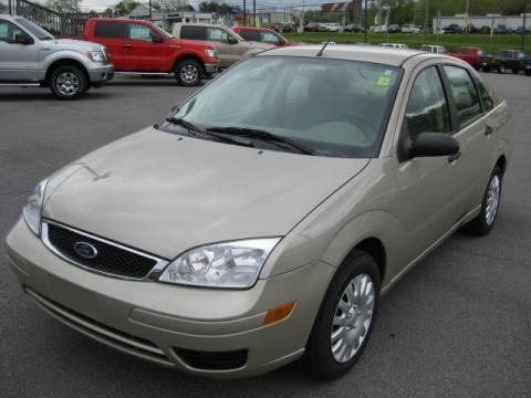 2007 ford focus zx4 s sedan data info and specs. Black Bedroom Furniture Sets. Home Design Ideas