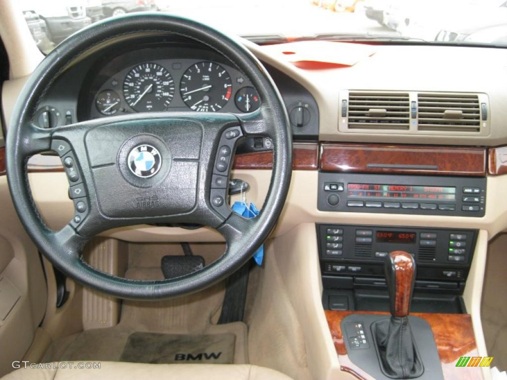 2000 BMW 5 Series 528i Sedan Sand Dashboard Photo 48409162
