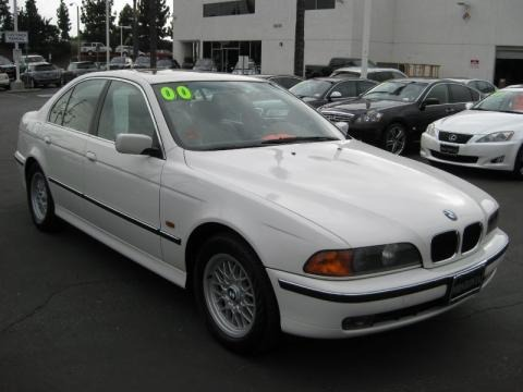 2000 BMW 5 Series 528i Sedan Data, Info and Specs