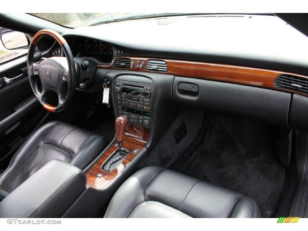 Dashboard 48452881 on cadillac sts