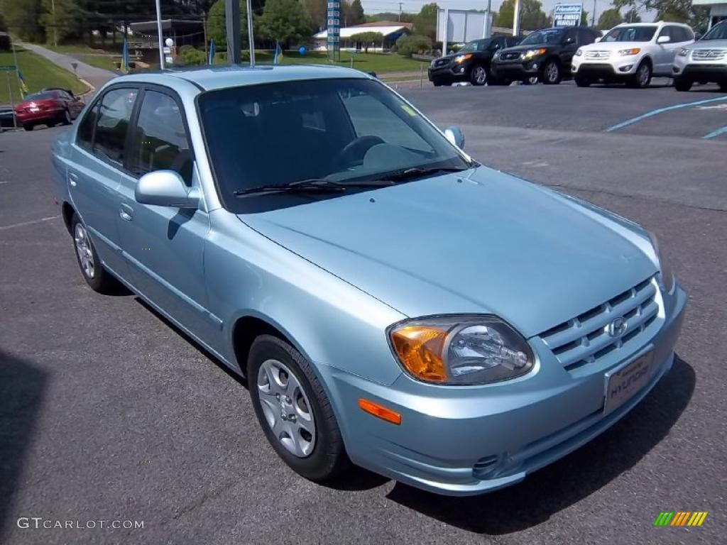 2005 hyundai accent gls sedan exterior photos. Black Bedroom Furniture Sets. Home Design Ideas